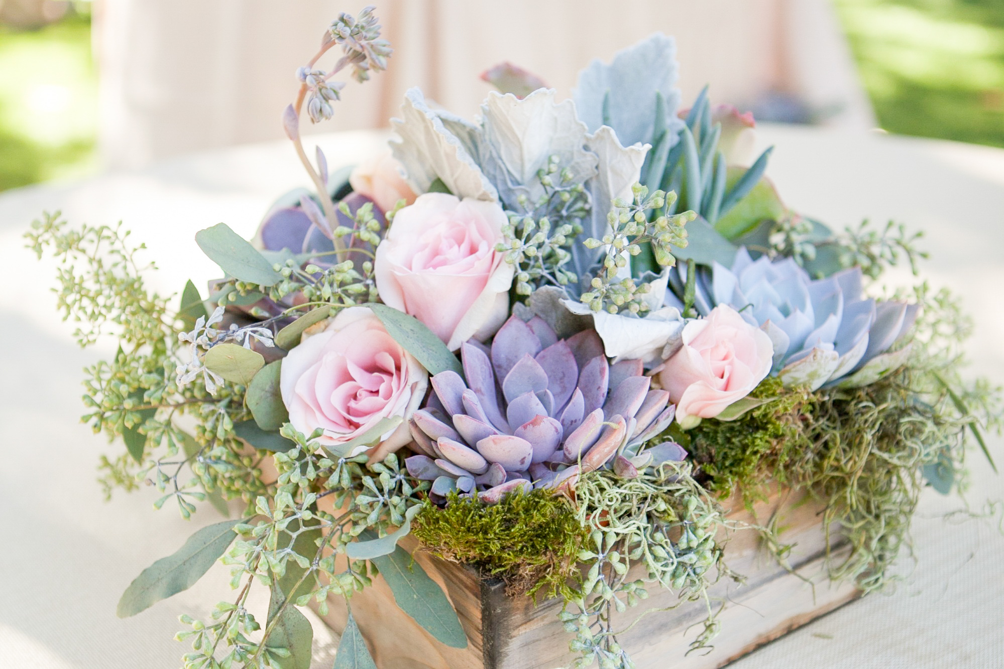 Presenting our gorgeous pastel color palette ideas for a fairytale wedding inspiration!