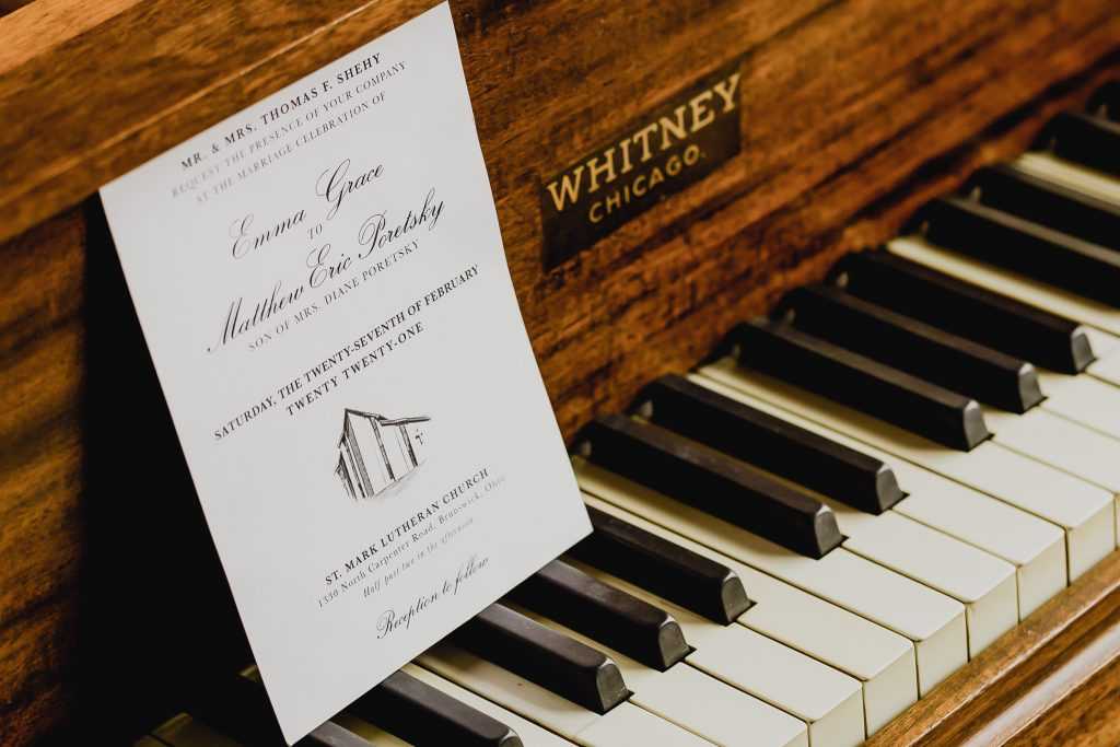 Looking for music-themed wedding detail inspo? From invites to favors, check out these amazing ideas to lend a musical touch to your wedding!